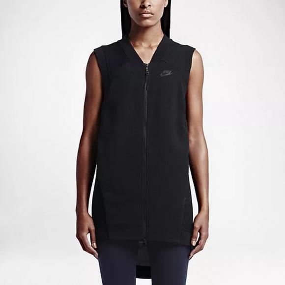d2bffc02bfda NWT Nike women s tech fleece cocoon mesh vest